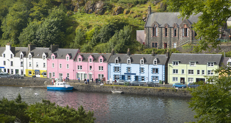Skye Apartments Portree Harbour Quayside