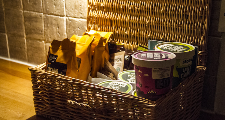skye apartments quayside portree hamper