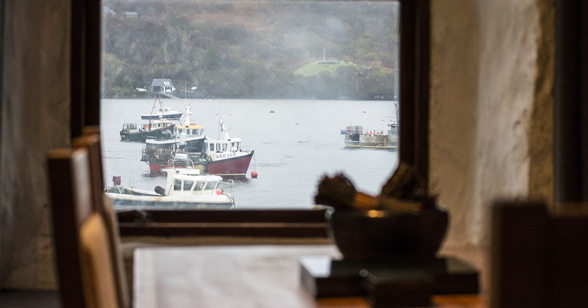 skye apartments quayside portree harbour window view